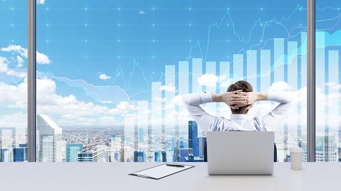 Fondsmanager (manche bezeichnen sie auch als Hedgefonds-Leiter) haben eine enorme Macht. Sie entscheiden letztlich, wie sie mit dem Vermögen der Investoren umgehen und worin sie es anlegen, z.B. in Aktien, Gold oder Immobilien. Oftmals sind die Manager auch am eigenen Fonds beteiligt. (#03)