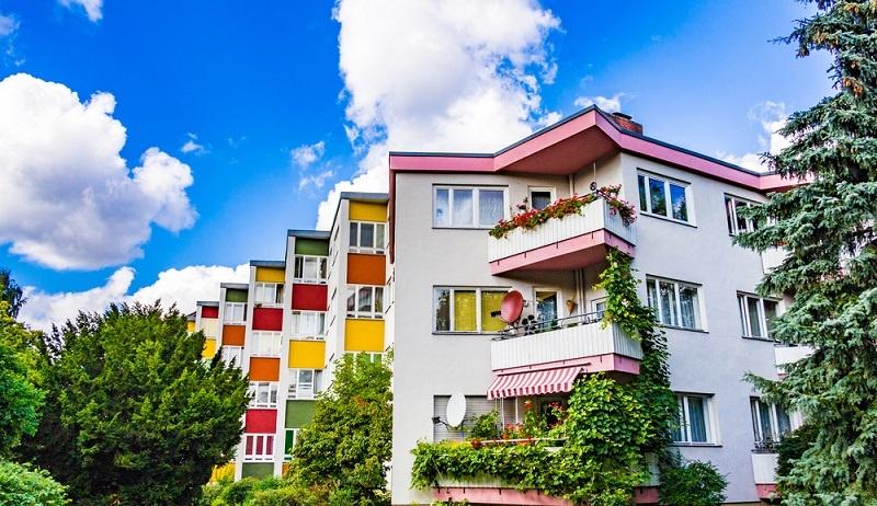Immer mehr Portfolio-Manager setzen auf den vermehrten Zukauf von Wohn- und Gewerbe-Einheiten auf deutschem Grund.(#01)