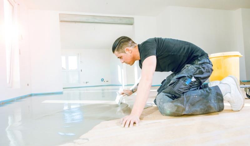 Facility Manager und Handwerker setzen auf Profi-Qualität und die wird vom DIY-Handel scheinbar nicht erwartet.