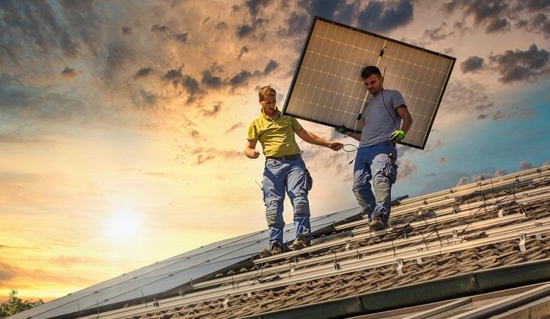 Finanziell kann das KfW-energieeffiziente Bauen in unterschiedlichen Arten und Weisen gefördert werden.  ( Foto: Shutterstock-moreimages )