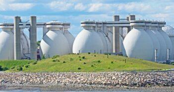 Stem: Lieferung intelligenter Energiespeicher an Massachusetts Water Resource Authority (Foto: shutterstock - Charles Lewis)