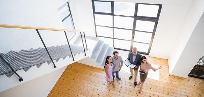 Immobilienkaufmann: Gehalt, Voraussetzungen, Ausbildung, Tätigkeiten, Weiterbildung (Foto: Shutterstock- wavebreakmedia_)