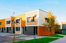 Immobilie als Eigenheim: Expertenrat bei Finanzierung unverzichtbar (Foto: shutterstock - Roman Babakin)